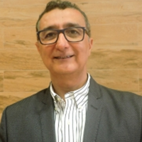 Dr. Marcos André